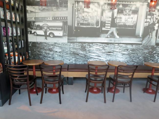 Robuuste betonlook - Ventiaans woonbeton - High Tech Campus Starbucks Eindhoven #woonbeton #berkersvloeren #gietvloeren #betonlook